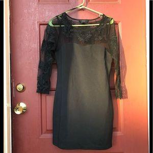 Dresses & Skirts - 👗 Classic LBD